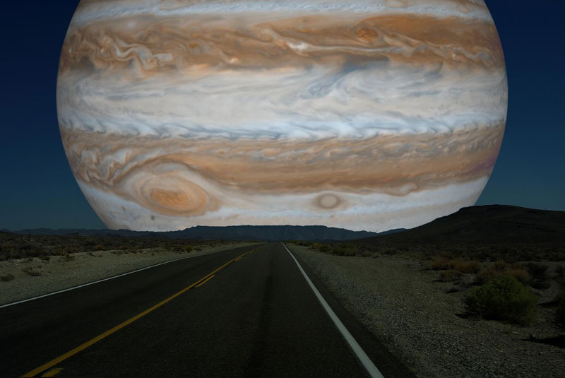 If Jupiter (diameter 139,822 km | 86,881 miles) was as close to Earth as the Moon