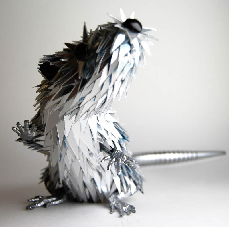 animal sculptures made from shattered cds sean avery (10)