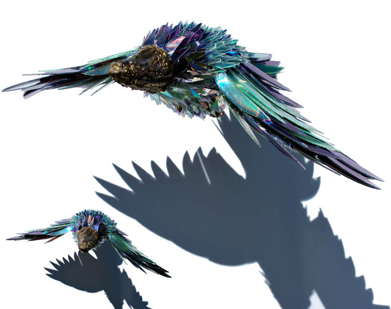 animal sculptures made from shattered cds sean avery (6)