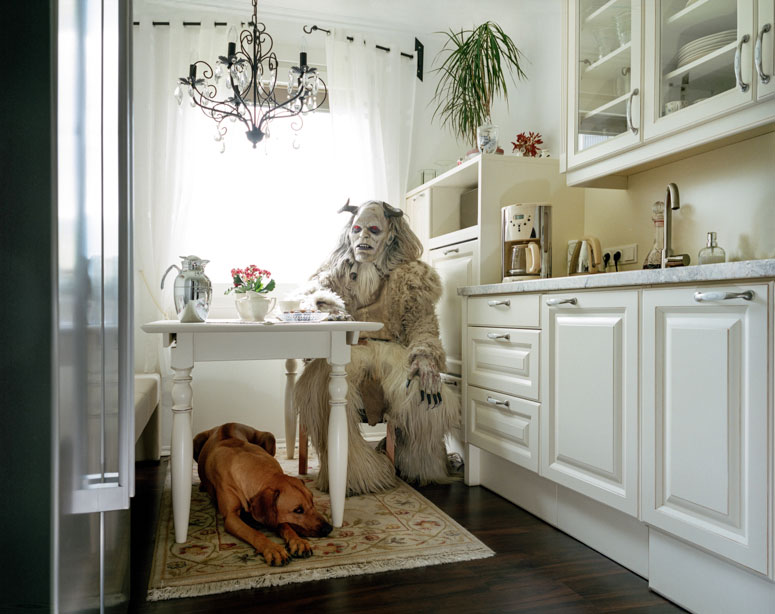 Intimate Portraits of Cosplayers atHome