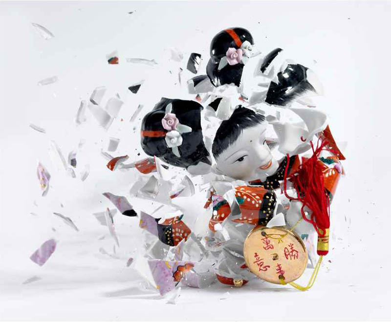 porcelain figures high speed photography as they smash drop to ground shatter klimas (9)