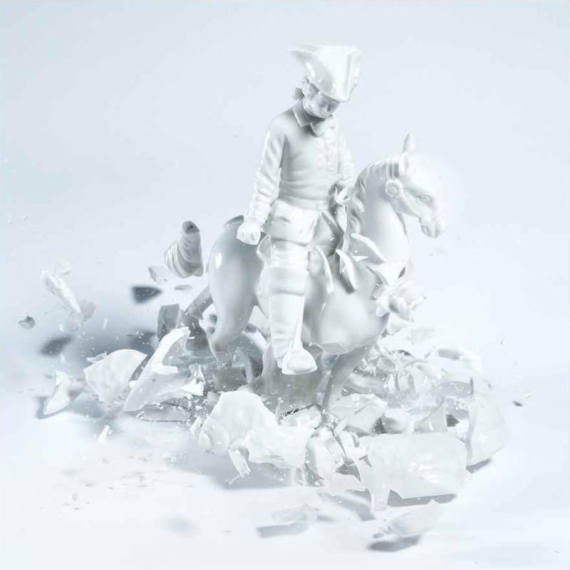 porcelain figures high speed photography as they smash drop to ground shatter klimas (5)