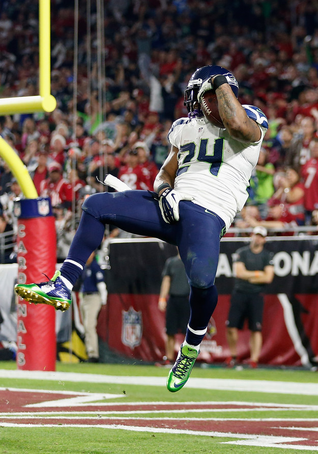 Seattle Seahawk Marshawn Lynch Is Being Fined $20,000 For Grabbing His Crotch...Again