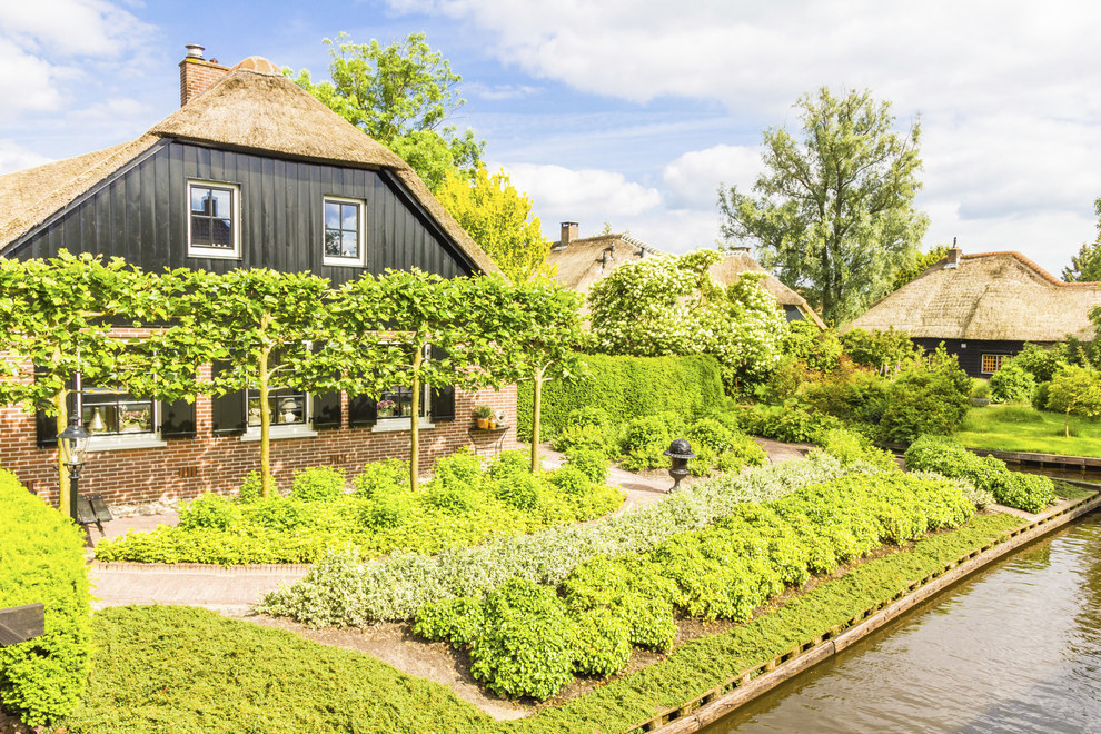 And these enchanting cottages by Giethoorn in the Netherlands.