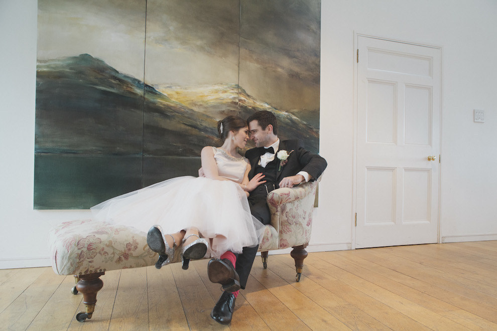 Couple: Alice and Darryn. Photographer: Mirrorbox Photography