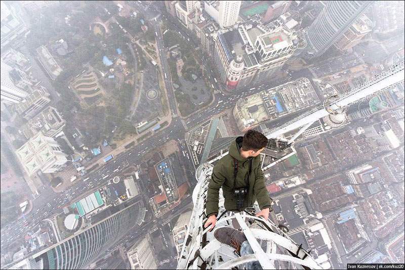 photos that look straight down from perilous heights by ivan kuznetsov (3)