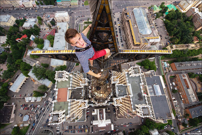 photos that look straight down from perilous heights by ivan kuznetsov (9)