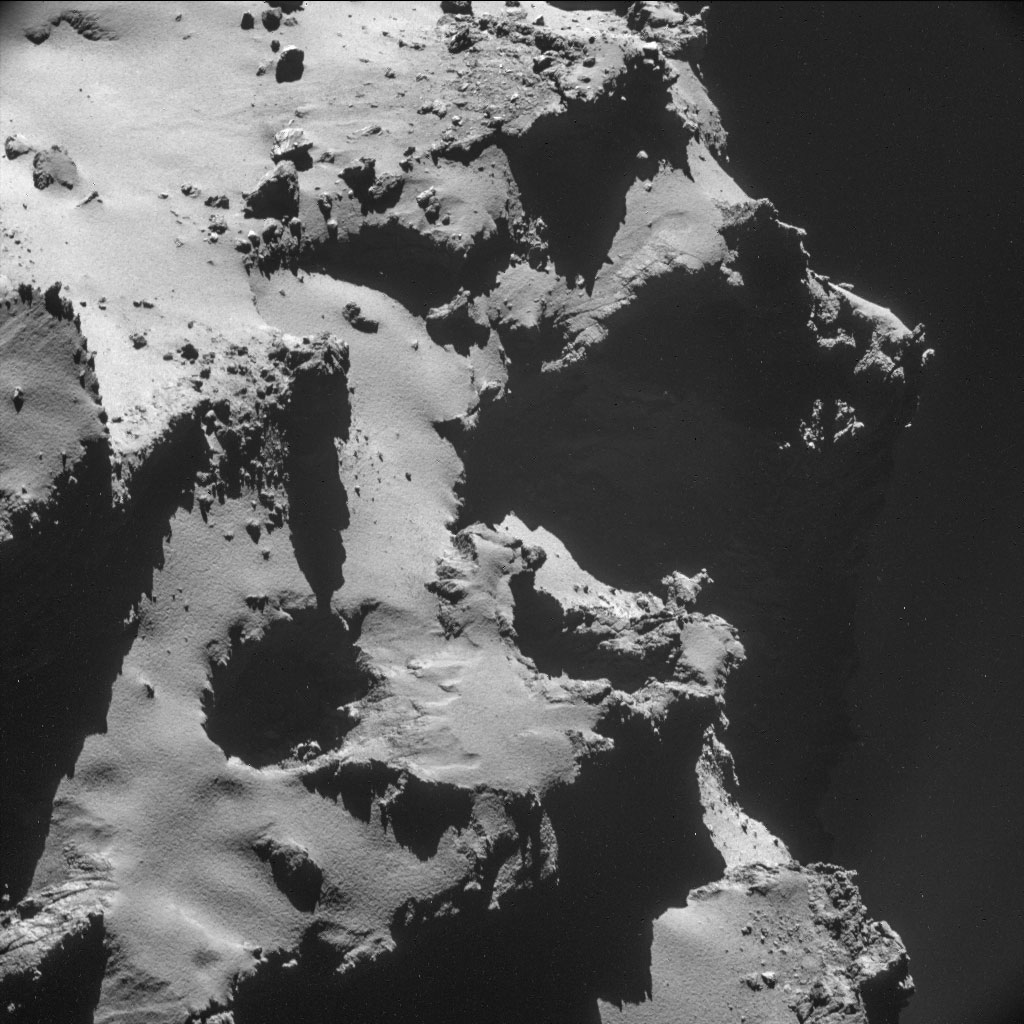 HQ Photos by Rosetta and Philae (10)