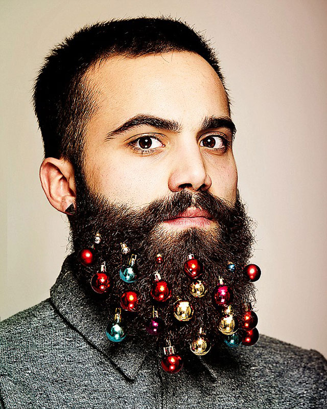 festive beard baubles turn beards into christmas trees (1)