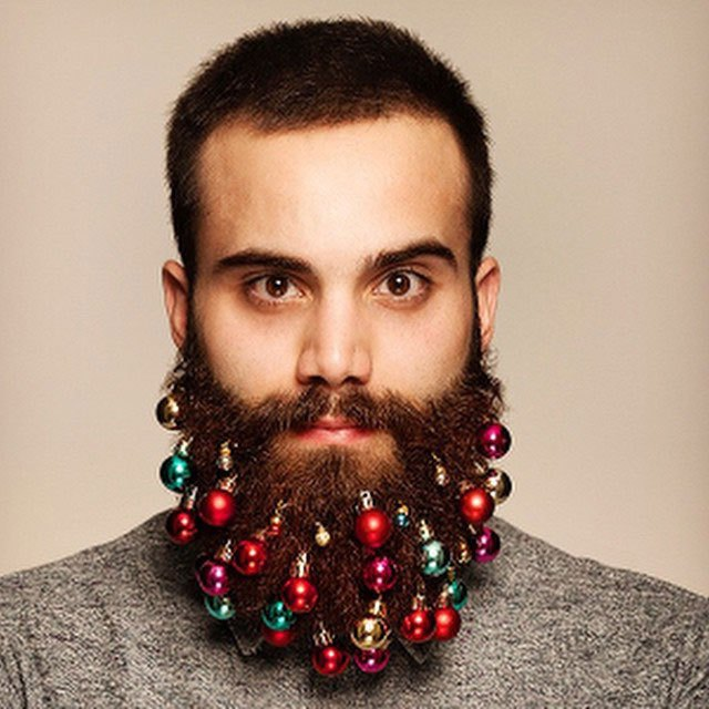 festive beard baubles turn beards into christmas trees (4)
