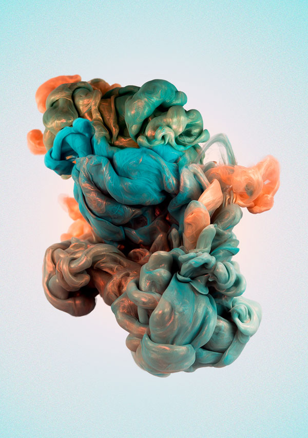High Speed Photos of Ink and Metal Dropped Into Water by alberto seveso (1)