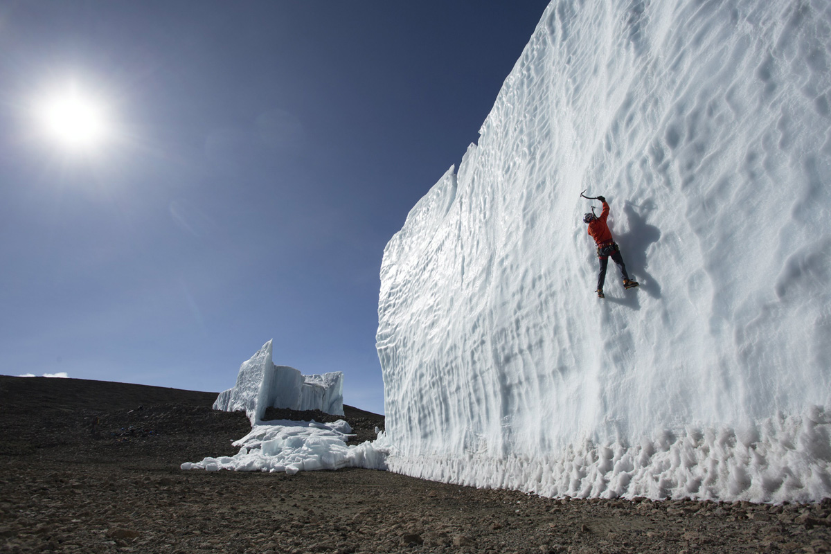 ice climbing at the summit of kilimanjaro will gadd red bull (1)