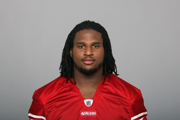 "NFL Player Ray McDonald Is Suing His Rape Accuser To ""Clear His Name"" – BuzzFeed News"