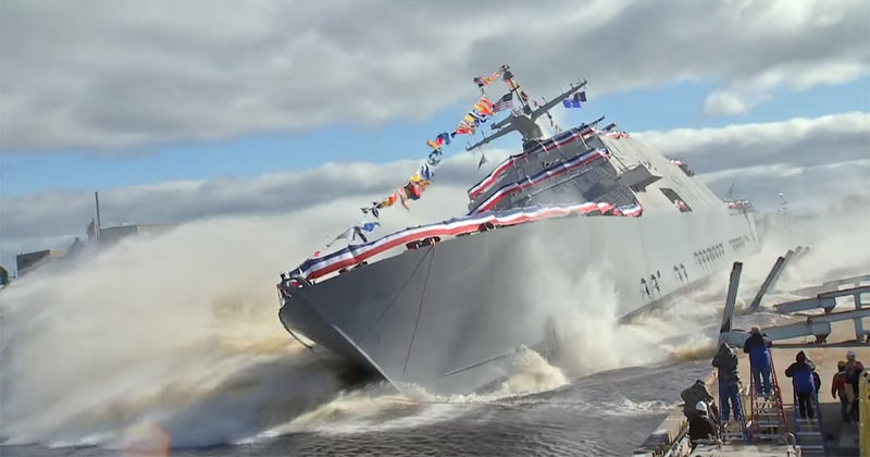 Side Launching the 378 ft USS Detroit