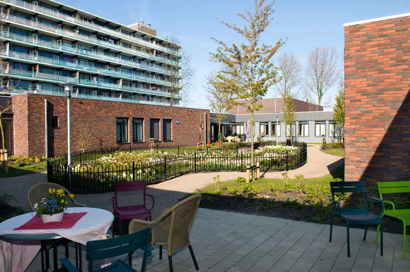 hogewey The Amazing Village in The Netherlands Just for People with Dementia (14)
