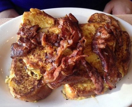 The classic challah french toast at La Bonbonniere.