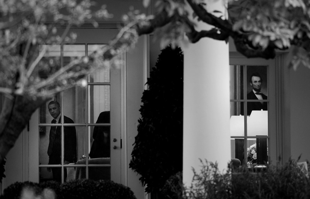 This black and white shot that conveys the solitude of the White House: