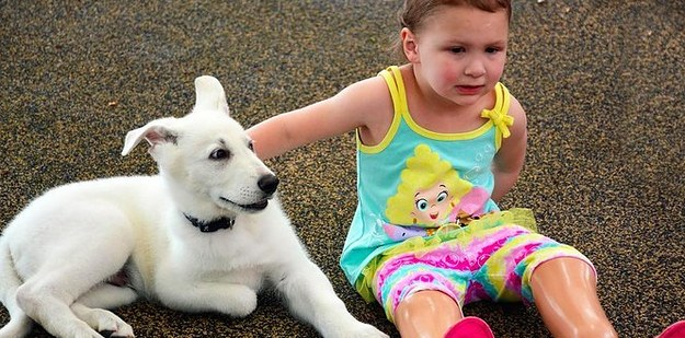 A Little Girl Born Without Feet Just Got A Puppy Born Without A Paw