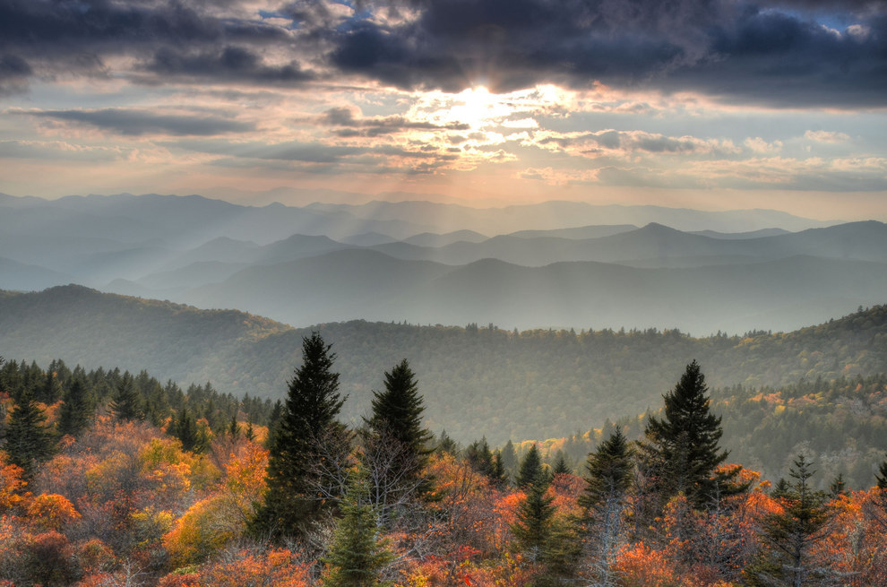 And another thing: Why are the Great Smoky Mountains so, er, lackluster? Boring.