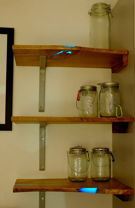 diy shelves with glow in the dark resin inlay (19)