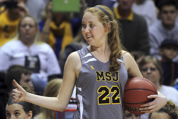 Lauren Hill, The Inspiring College Basketball Player Fighting Brain Cancer, Dies At 19 – BuzzFeed News