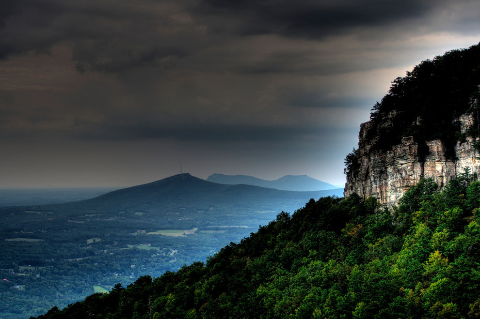Pilot Mountain is terrible and lacks charm.