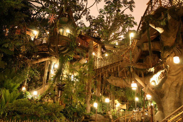 The highest stairway is located in Tarzan's Treehouse, and comprises 72 steps.