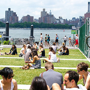 17 NYC Summer Date Ideas That Cost Less Than $20