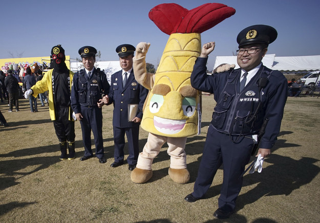 If Dagaya Kun the half-fish doesn't convince us to go to Nagoya city, Aichi prefecture, I don't know what will.