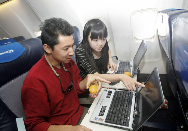 The Beginning Of The End For Terrible Wi-Fi On Planes - BuzzFeed News